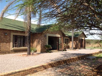 Kameeldrift East property for sale. Ref No: 13600999. Picture no 4