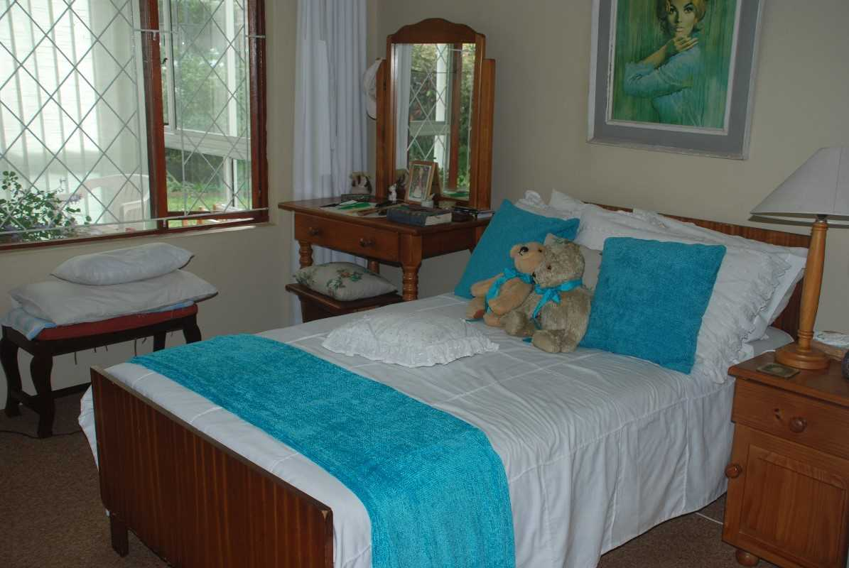 Main bedroom of second house which has an en suite bathroom with bath.  Also air conditioned