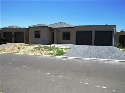 Kraaifontein, Viking Village Property  | Houses For Sale Viking Village, Viking Village, House 3 bedrooms property for sale Price:1,400,000