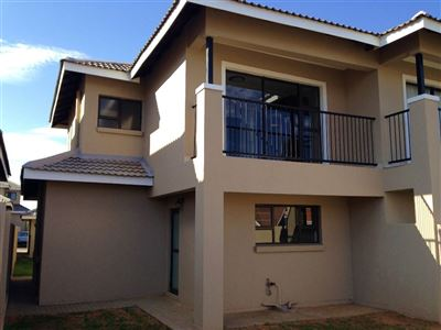 Bloemfontein, Lilyvale Property  | Houses For Sale Lilyvale, Lilyvale, Townhouse 3 bedrooms property for sale Price:1,440,000