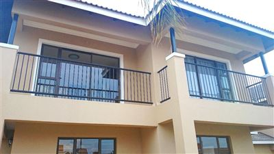Bloemfontein, Lilyvale Property    Houses For Sale Lilyvale, Lilyvale, Townhouse 3 bedrooms property for sale Price:1,430,000