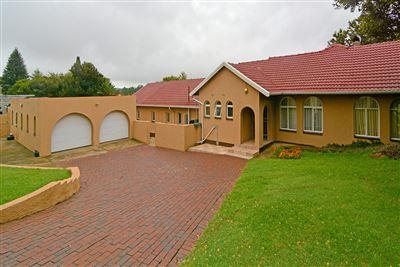 Krugersdorp, Breaunanda Property  | Houses For Sale Breaunanda, Breaunanda, House 5 bedrooms property for sale Price:1,450,000