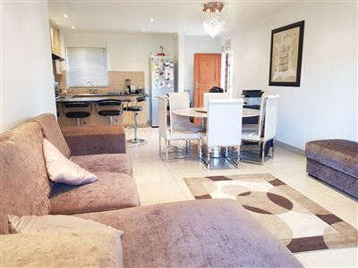 Centurion, Glen Lauriston Property  | Houses For Sale Glen Lauriston, Glen Lauriston, Apartment 3 bedrooms property for sale Price:1,225,000
