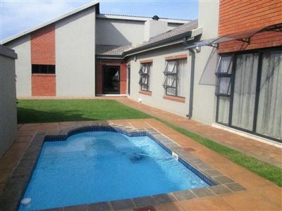 House for sale in Raslouw Manor
