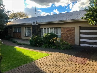 Bloemfontein, Hospitaalpark Property  | Houses For Sale Hospitaalpark, Hospitaalpark, House 3 bedrooms property for sale Price:1,219,000