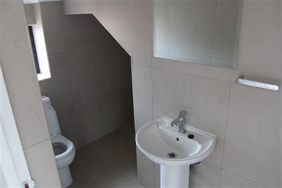Celtisdal property for sale. Ref No: 13491990. Picture no 5