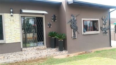 Property and Houses for sale in Danville, House, 4 Bedrooms - ZAR 1,065,000