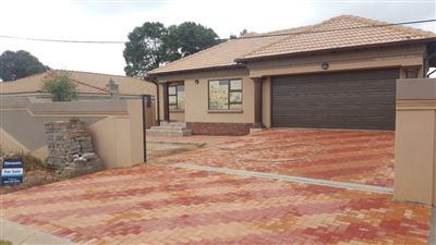 Katlehong, Spruit View Property  | Houses For Sale Spruit View, Spruit View, House 4 bedrooms property for sale Price:1,395,000