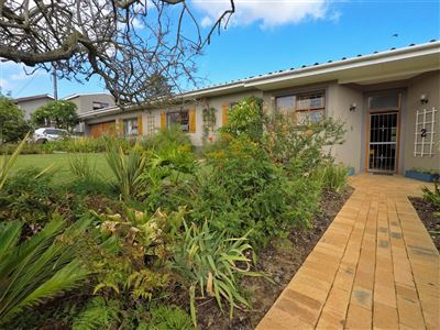 House for sale in Blomtuin