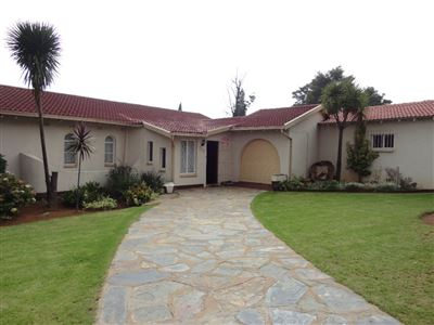 Property and Houses for sale in Brackendowns, House, 3 Bedrooms - ZAR 1,760,000