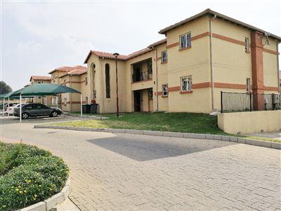 Johannesburg, Ormonde Property    Houses To Rent Ormonde, Ormonde, Townhouse 2 bedrooms property to rent Price:,  6,50*