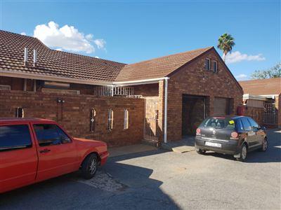 Klerksdorp, La Hoff Property  | Houses To Rent La Hoff, La Hoff, House 2 bedrooms property to rent Price:,  5,00*