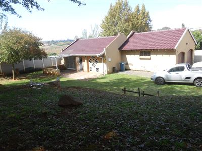 Roodepoort, Lindhaven Property  | Houses For Sale Lindhaven, Lindhaven, House 2 bedrooms property for sale Price:749,000