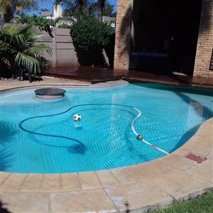Property and Houses for sale in Brackendowns, House, 4 Bedrooms - ZAR 2,600,000
