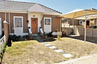 Stellenbosch, Klapmuts Property  | Houses For Sale Klapmuts, Klapmuts, Townhouse 2 bedrooms property for sale Price:595,000