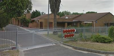 Bellville, Oakglen Property  | Houses To Rent Oakglen, Oakglen, Townhouse 3 bedrooms property to rent Price:, 11,00*
