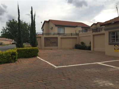 Property and Houses for sale in Willow Park Manor, House, 2 Bedrooms - ZAR 850,000