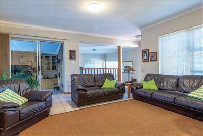 Durbanville, Vierlanden Property  | Houses For Sale Vierlanden, Vierlanden, House 3 bedrooms property for sale Price:3,100,000