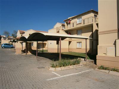 Pretoria, Queenswood Property    Houses To Rent Queenswood, Queenswood, Townhouse 3 bedrooms property to rent Price:,  8,00*