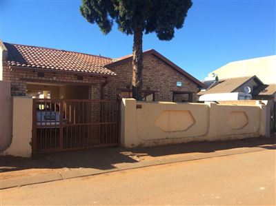 Soweto, Protea Glen Property  | Houses For Sale Protea Glen, Protea Glen, House 4 bedrooms property for sale Price:750,000