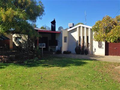 Bloemfontein, Dan Pienaar Property    Houses For Sale Dan Pienaar, Dan Pienaar, House 4 bedrooms property for sale Price:2,050,000