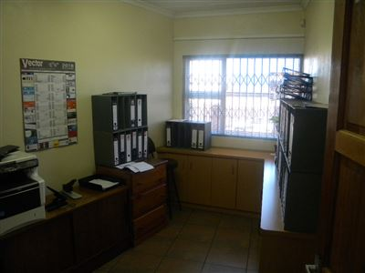 Witbank And Ext property for sale. Ref No: 13621717. Picture no 4