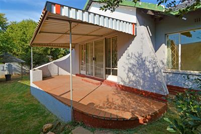 Roodepoort, Wilro Park Property  | Houses For Sale Wilro Park, Wilro Park, House 3 bedrooms property for sale Price:1,295,000