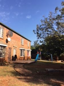Centurion, Heuweloord Property  | Houses For Sale Heuweloord, Heuweloord, House 4 bedrooms property for sale Price:1,300,000