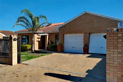 Brackenfell, Protea Heights Property  | Houses For Sale Protea Heights, Protea Heights, House 3 bedrooms property for sale Price:1,879,000