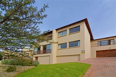 Roodepoort, Roodekrans Property  | Houses For Sale Roodekrans, Roodekrans, Cluster 4 bedrooms property for sale Price:2,595,000