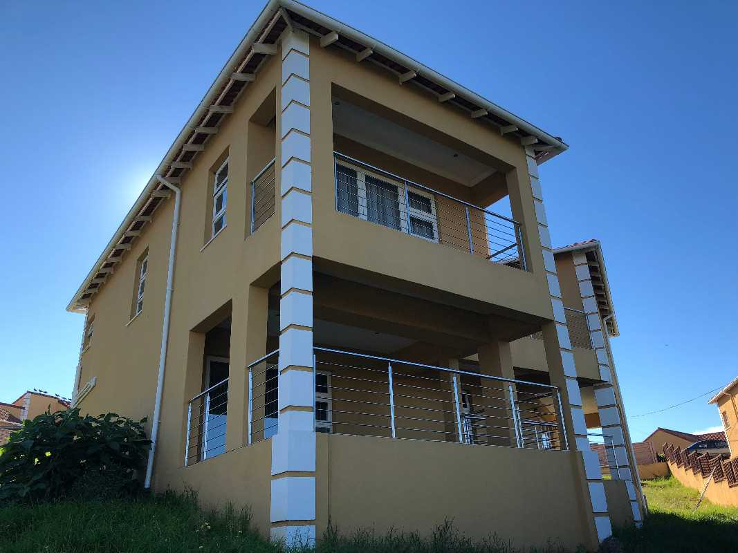 Executive Lock up and go 5 bedroom family home