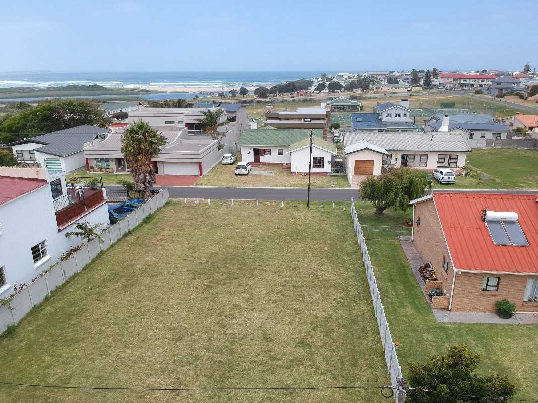 Dry level stand for sale in Klein Berlyn | Western Cape