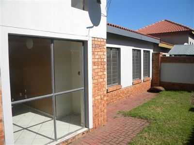 Property and Houses for sale in Reyno Ridge And Ext, Townhouse, 3 Bedrooms - ZAR 735,000