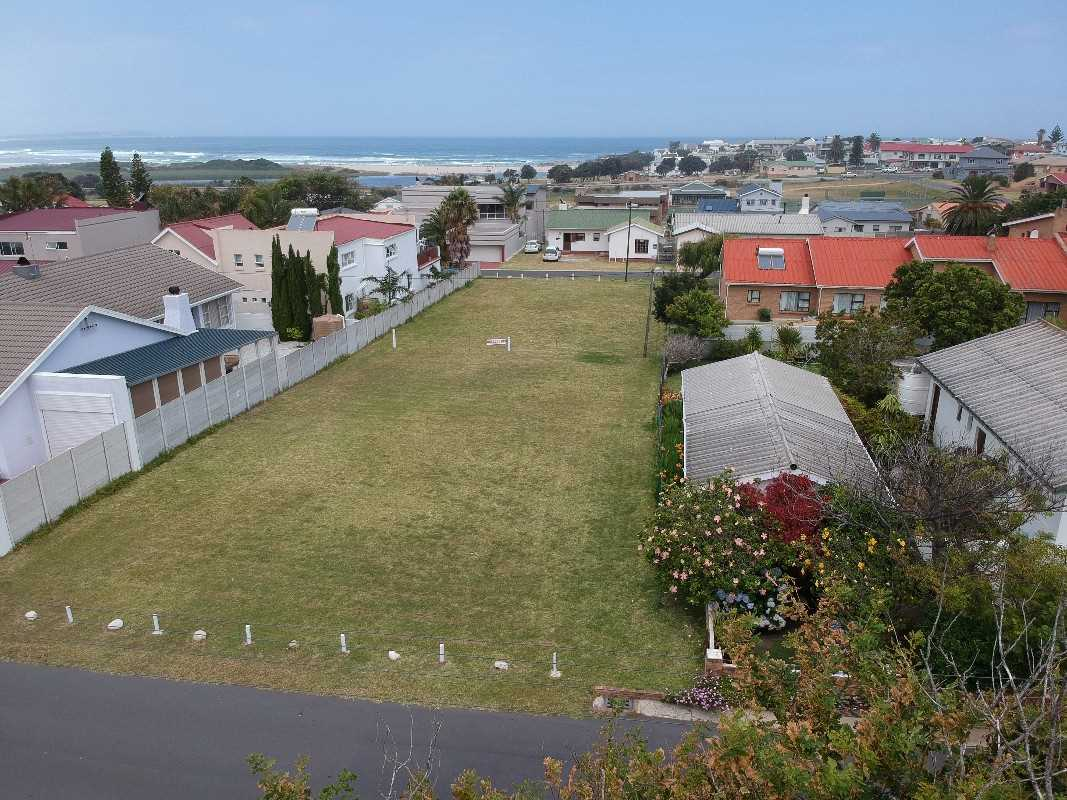 Level stand for sale in Klein Berlyn | Western Cape