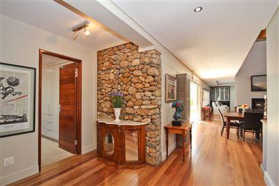 Property and Houses for sale in De Zalze Winelands Golf Estate, House, 3 Bedrooms - ZAR 10,500,000