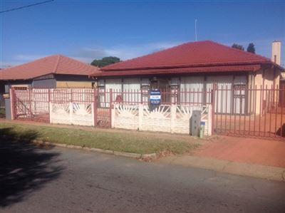 Krugersdorp, Lewisham Property  | Houses For Sale Lewisham, Lewisham, House 3 bedrooms property for sale Price:780,000