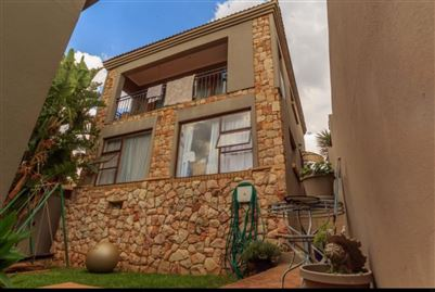 Johannesburg, Oakdene Property  | Houses To Rent Oakdene, Oakdene, Cluster 3 bedrooms property to rent Price:,  9,00*