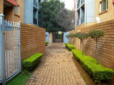 Property and Houses for sale in Gauteng - Page 1631, Apartment, 1 Bedrooms - ZAR 480,000