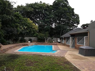 Property and Houses for sale in Brackenhurst And Ext, House, 4 Bedrooms - ZAR 2,800,000