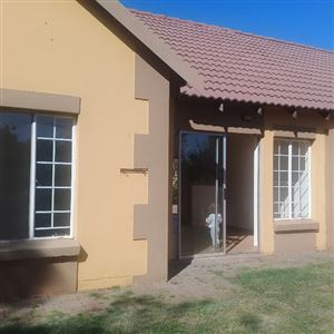 Property and Houses for sale in Eldorette, Townhouse, 2 Bedrooms - ZAR 500,000