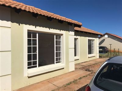 Property and Houses for sale in Rosslyn, House, 3 Bedrooms - ZAR 630,000