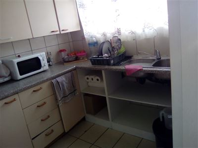 Johannesburg, Rosettenville Property  | Houses For Sale Rosettenville, Rosettenville, Flats 2 bedrooms property for sale Price:400,000