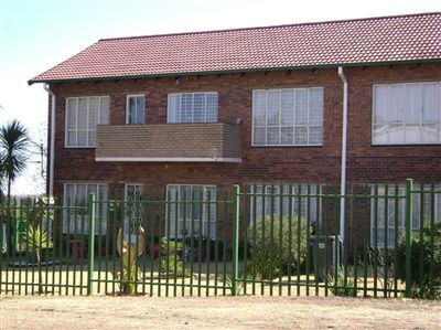 Roodepoort, Horison View Property  | Houses For Sale Horison View, Horison View, Flats 2 bedrooms property for sale Price:540,000