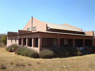 Property and Houses for sale in Grootfontein Country Estate, House, 4 Bedrooms - ZAR 1,900,000