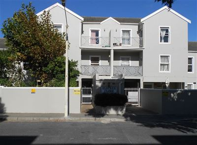Cape Town, Bergvliet Property  | Houses To Rent Bergvliet, Bergvliet, Apartment 3 bedrooms property to rent Price:,  9,00*