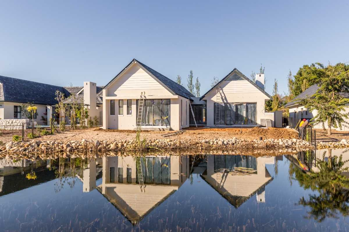Newly built home on Pearl Valley