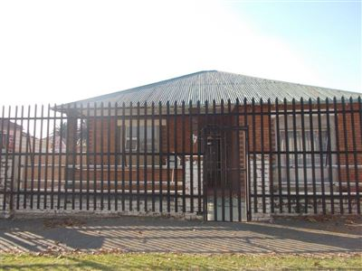 Johannesburg, Turffontein Property  | Houses For Sale Turffontein, Turffontein, House 3 bedrooms property for sale Price:850,000