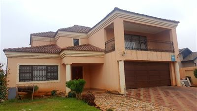 House for sale in Vosloorus Central