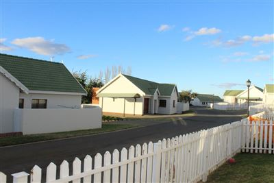 Bloemfontein, Bayswater Property  | Houses For Sale Bayswater, Bayswater, Townhouse 3 bedrooms property for sale Price:1,120,000