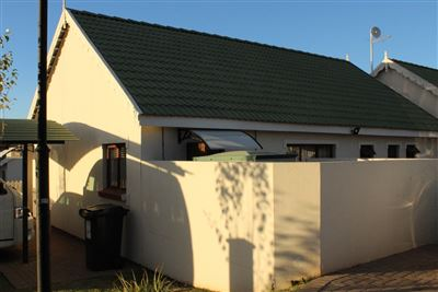 Bayswater property for sale. Ref No: 13636906. Picture no 2